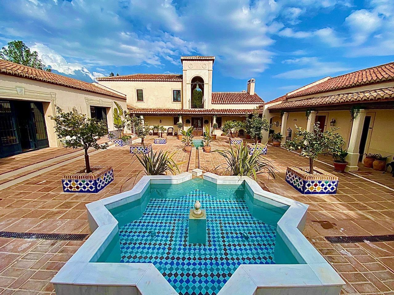 Hacienda La Esperanza Granada is the best hotel in Granada