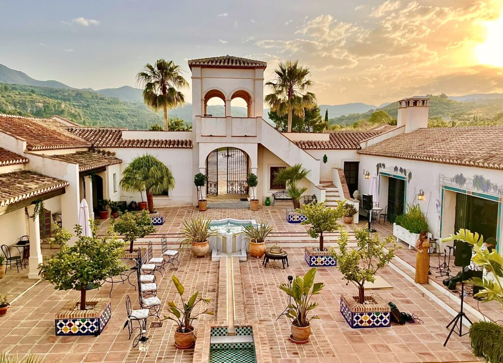 Courtyard of La Esperanza Granada